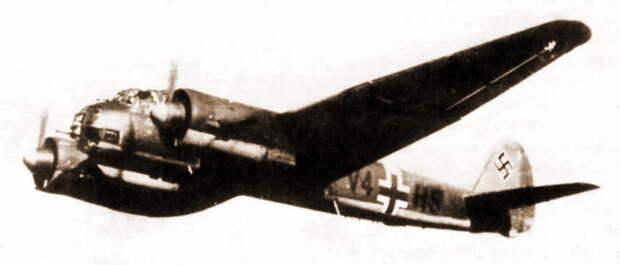 Самолёт из эскадрильи 8./KG 1 в воздухе, июнь-июль 1941 года - «Сталинские соколы», которые никуда не улетали   Warspot.ru