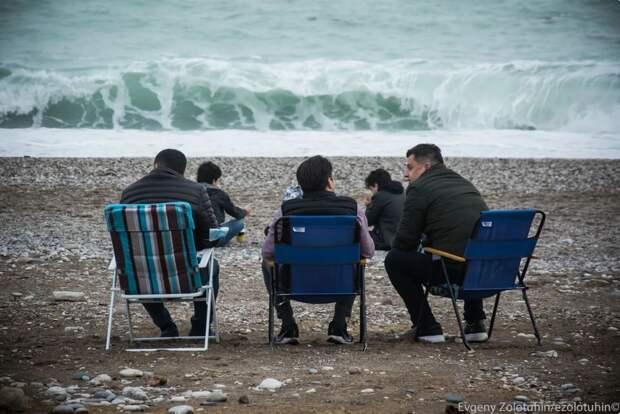 Как отдыхают местные в Турции, когда нет туристов и закрыты рестораны