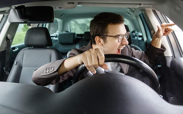 7привычек, которые мешают каждому (почти) водителю