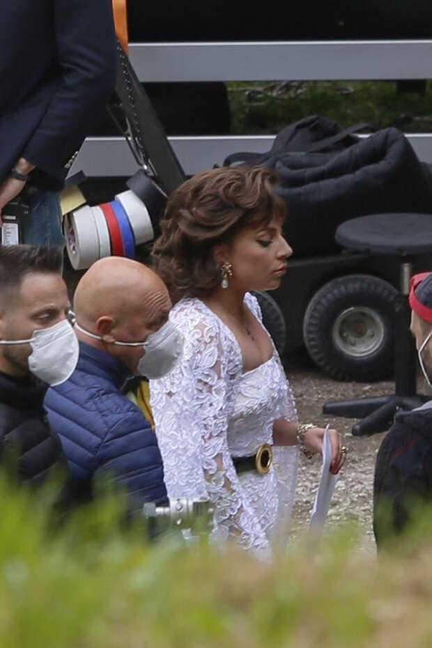 """До неузнаваемости: Джаред Лето и Леди Гага на съемках фильма """"Гуччи"""""""