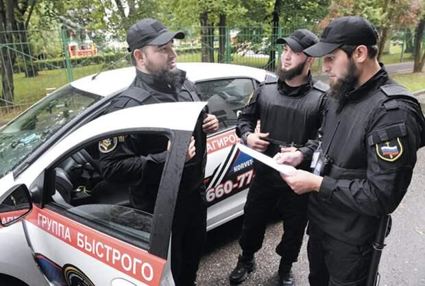 Чеченский ЧОП в Троицке следит, чтобы русские не пили пиво на улице