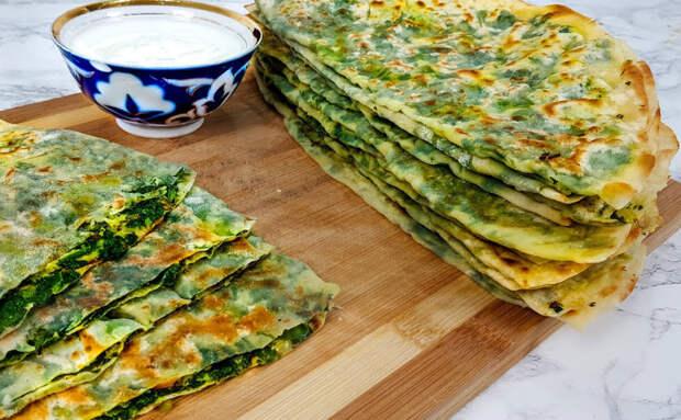 Лепешки с зеленью готовы за 15 минут. Одна начинка и никакой тяжести