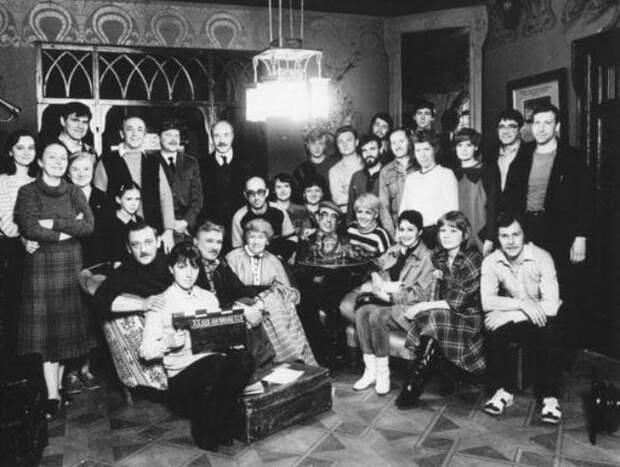 Съемочная группа фильма   Фото: kino-teatr.ru