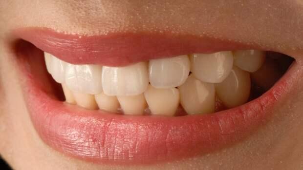 Российские врачи на снимке МРТ обнаружили у девушки зубы в носу