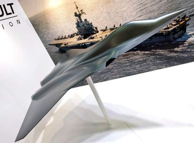 Масштабный макет истребителя NGF, представленный компанией Dassault. defence-blog.com - «Решающий шаг» к истребителю будущего   Warspot.ru