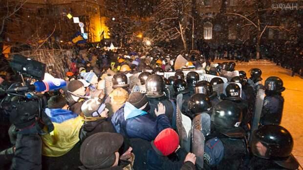 Эксперт Мамиев сравнил события на Майдане с протестами в США