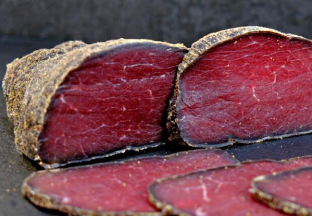 Бастурма на своей кухне: мяса и вкуса больше, чем в колбасе