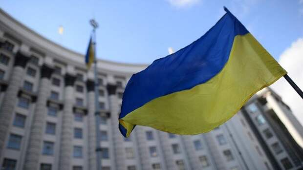 «Всем, кто остался верен своей родине»: как прошло 23 февраля на Украине