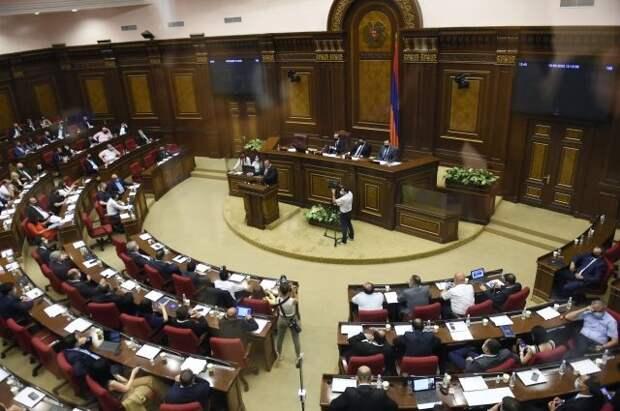 Парламент Армении во второй раз не избрал премьер-министра