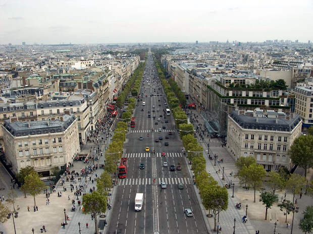 https://www.parisdigest.com/photos/champs_elysees_champs_elysees.jpg