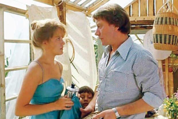 С Андреем Мироновым. Кадр из фильма «Будьте моим мужем»