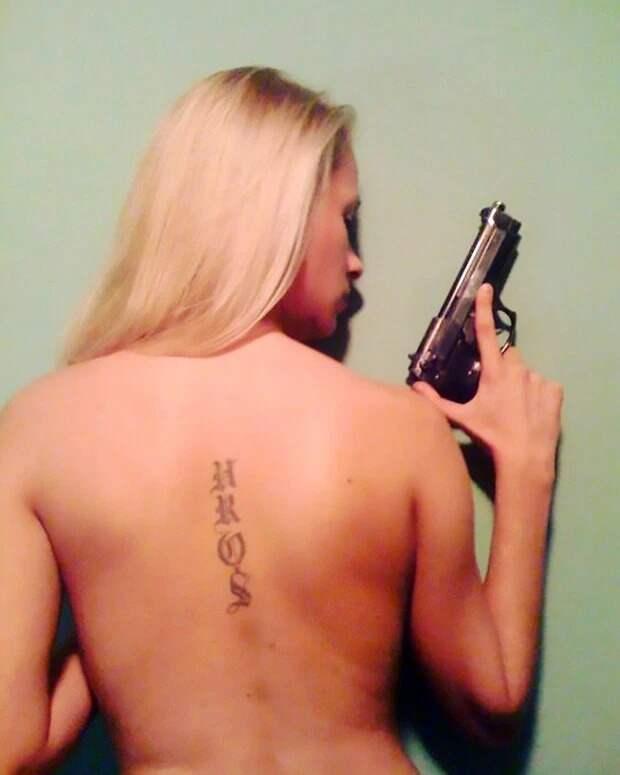 Кокаина за решеткой: сербскую модель задержали с пакетами героина, каннабиса и пистолетами