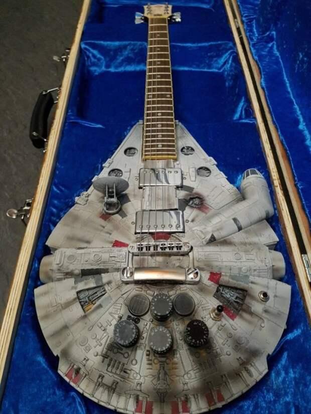 Гитара фаната Звездных войн