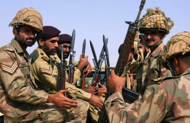 Пакистанские войска вошли на территорию Афганистана, занятую талибами