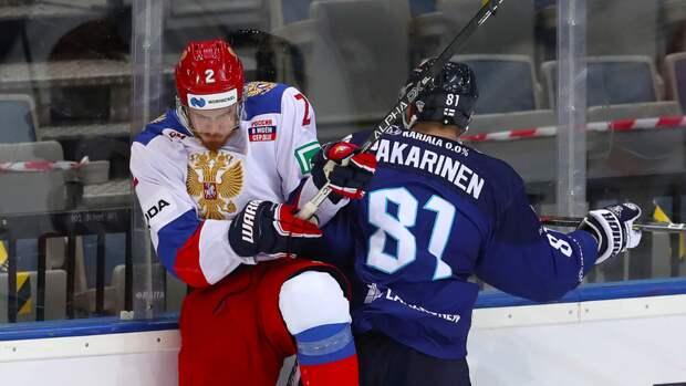 Спонсор ЧМ-2021 убрал герб с формы сборной России на рекламном постере