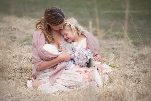 С сайта https://blmommy.com/cozy-outdoor-breastfeeding-photography-tammy-nicole-photography/
