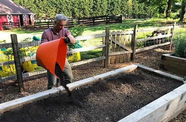 Подготовка садовых грядок