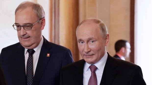 Путин приехал на виллу и переговорил на ногах с президентом Швейцарии