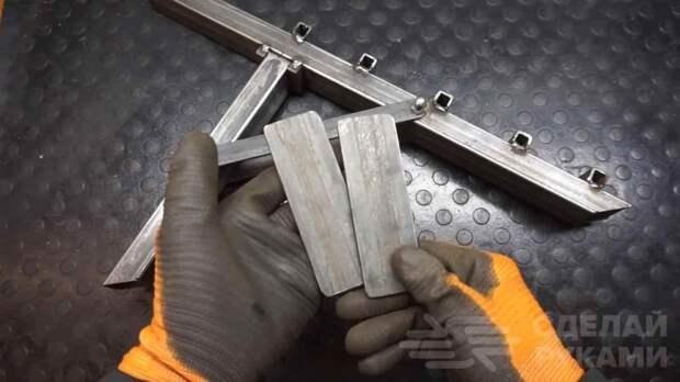Походный складной щепокол из профильной трубы