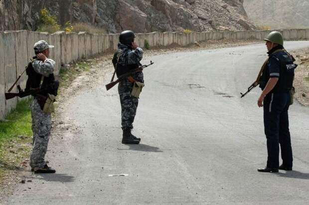 В Киргизии объявлен траур по погибшим в конфликте на границе