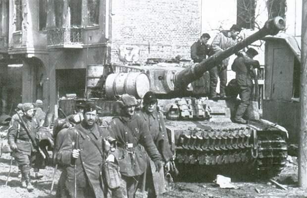 Битва за Тернополь: как Гитлер пытался устроить немецкий Сталинград