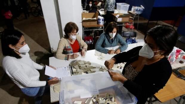 В Чили стартовали выборы членов Учредительного собрания, которые напишут новую Конституцию