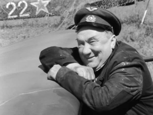 На «Ленфильме» появится барельеф Алексею Смирнову