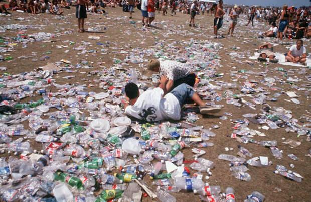 Мусор был повсюду 90-е, Вспомним, Фестиваль, вудсток, музыка, рок, трэш, фото