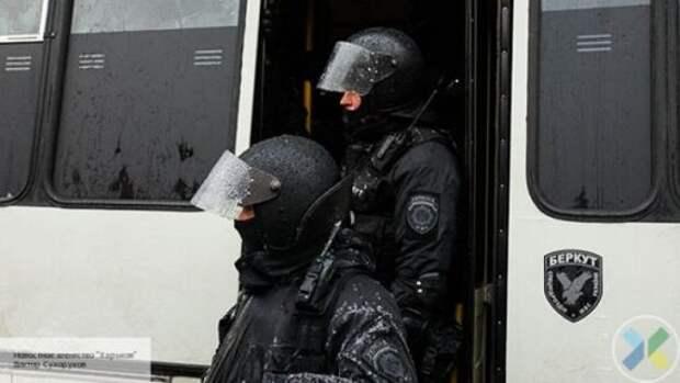 Парасюк признался, что на Майдане бросал коктейли Молотова в «Беркут»