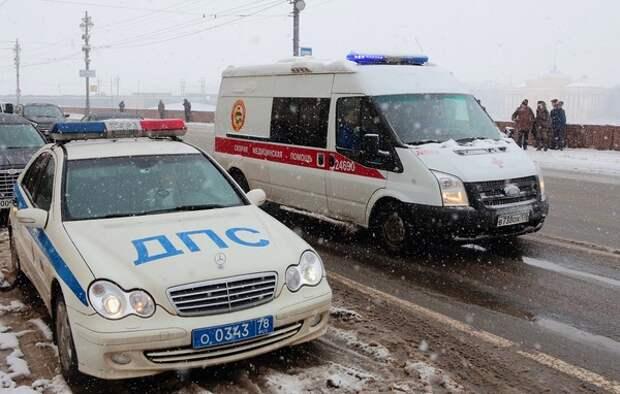 Фура, экскаватор и КамАЗ всмятку: под Воронежем массовое ДТП не дало шансов даже пешеходу