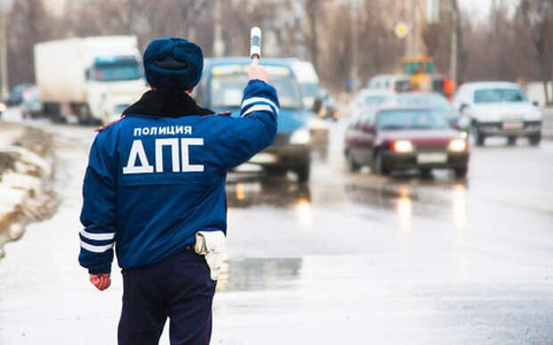 Сибиряк угнал свою машину со штафстоянки. Полиция не смогла его наказать!