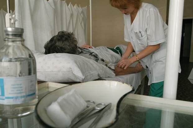 Из карантинной больницы в Уфе сбежали медики