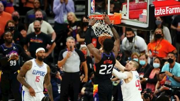 «Клипперс» принимают «Финикс» в третьем матче серии 1/2 финала плей-офф НБА