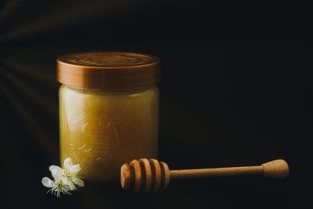 Американский мед до сих пор содержит радиоактивные осадки после ядерных испытаний 1960-х