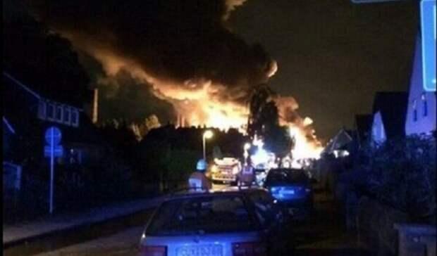 Мощный взрыв потряс Одесский НПЗ