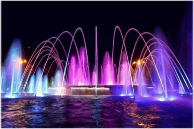 В Севастополе РГК «Парангон» откроет «поющие фонтаны»