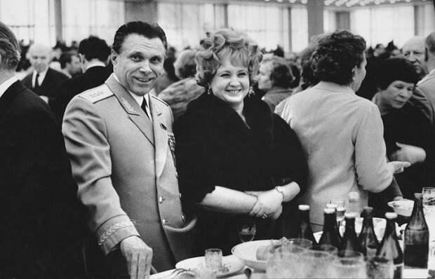 Трагедия Щёлоковых   Почему министр МВД СССР и его супруга добровольно ушли из жизни