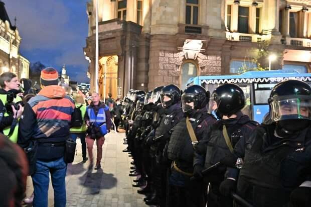 МВД оценило число участников акций в поддержку Навального в городах России