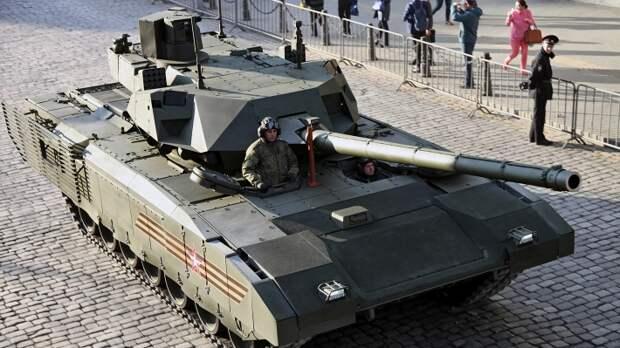 «Парадный» танк «Армата» нескоро станет в строй
