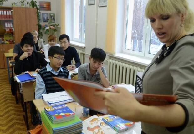 В Федерации мигрантов предложили в шутливой форме учить приезжих хорошему поведению