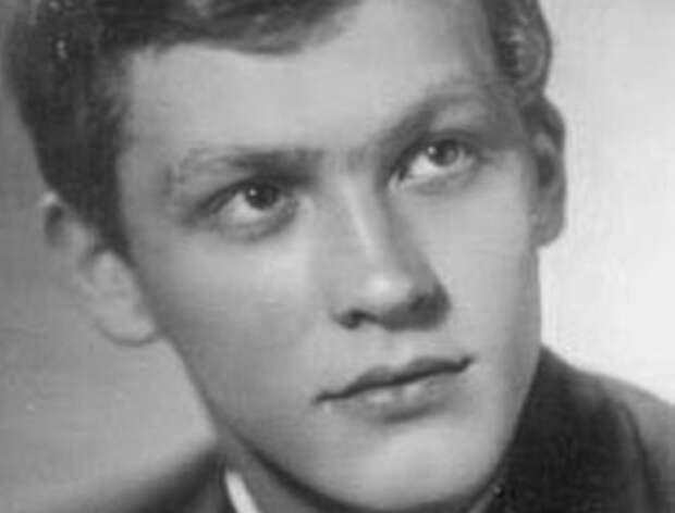 Молодой актер, которому первая же роль принесла признание и успех | Фото: kino-teatr.ru