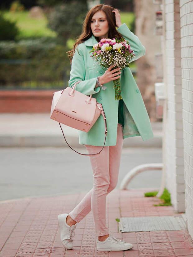 Десять цветов в одежде, которые нас молодят.