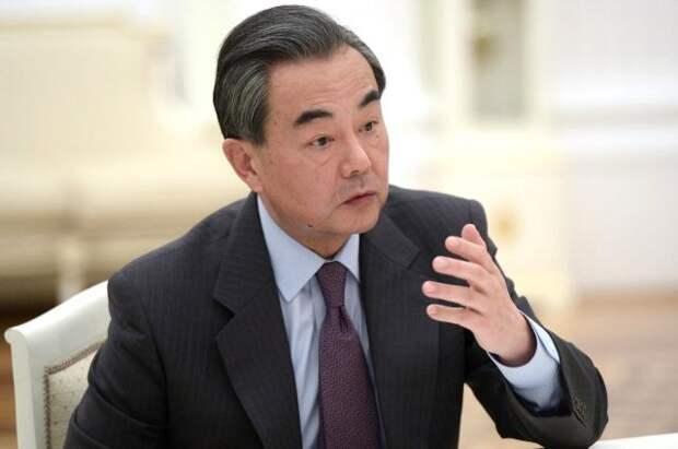 В МИД КНР указали на ошибки США в понимании мирового порядка