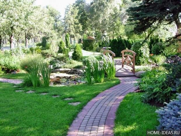 тротуарная дорожка в саду
