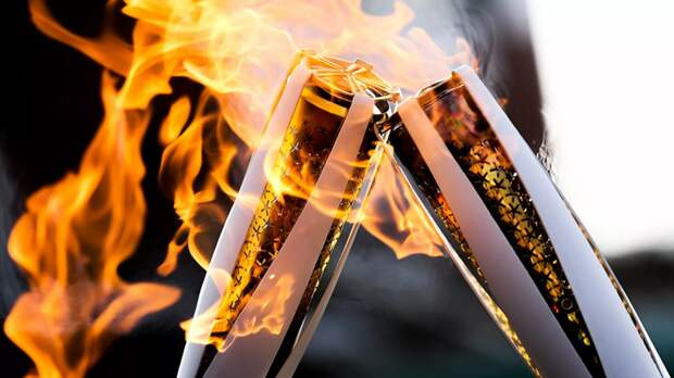 В Древней Олимпии зажгли огонь зимних Олимпийских игр в Пекине