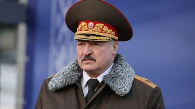 Дальнейшую судьбу Лукашенко в Белоруссии Вассерман описал детским стишком