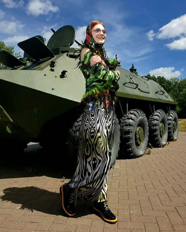 Стилист из Удмуртии Олег Ажгихин представил новую коллекцию одежды к юбилею Победы