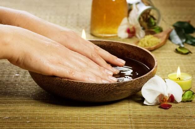 5 удивительно простых способов помочь сухой коже рук