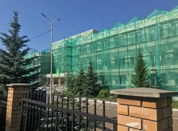 Капитальный ремонт или мемориал? Жители Казани высказались о реконструкции гимназии №175