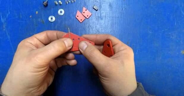 Самодельное приспособление для заточки сверла по металлу маленького диаметра (до 3 мм)